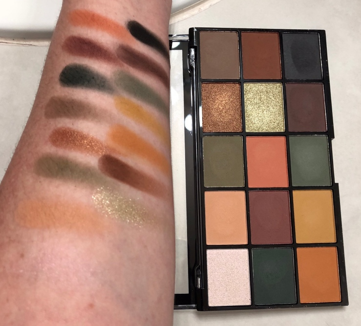 Makeup Revolution Re-loaded Iconic Division eyeshadow palette, greens, oranges, browns, swatches, matte, shimmer