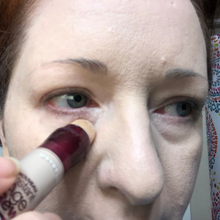 Wrinkles & War Paint, under eye, dark circles, concealer, how to, over 40, eye bags, color corrector, Maybelline, Instant Age Rewind