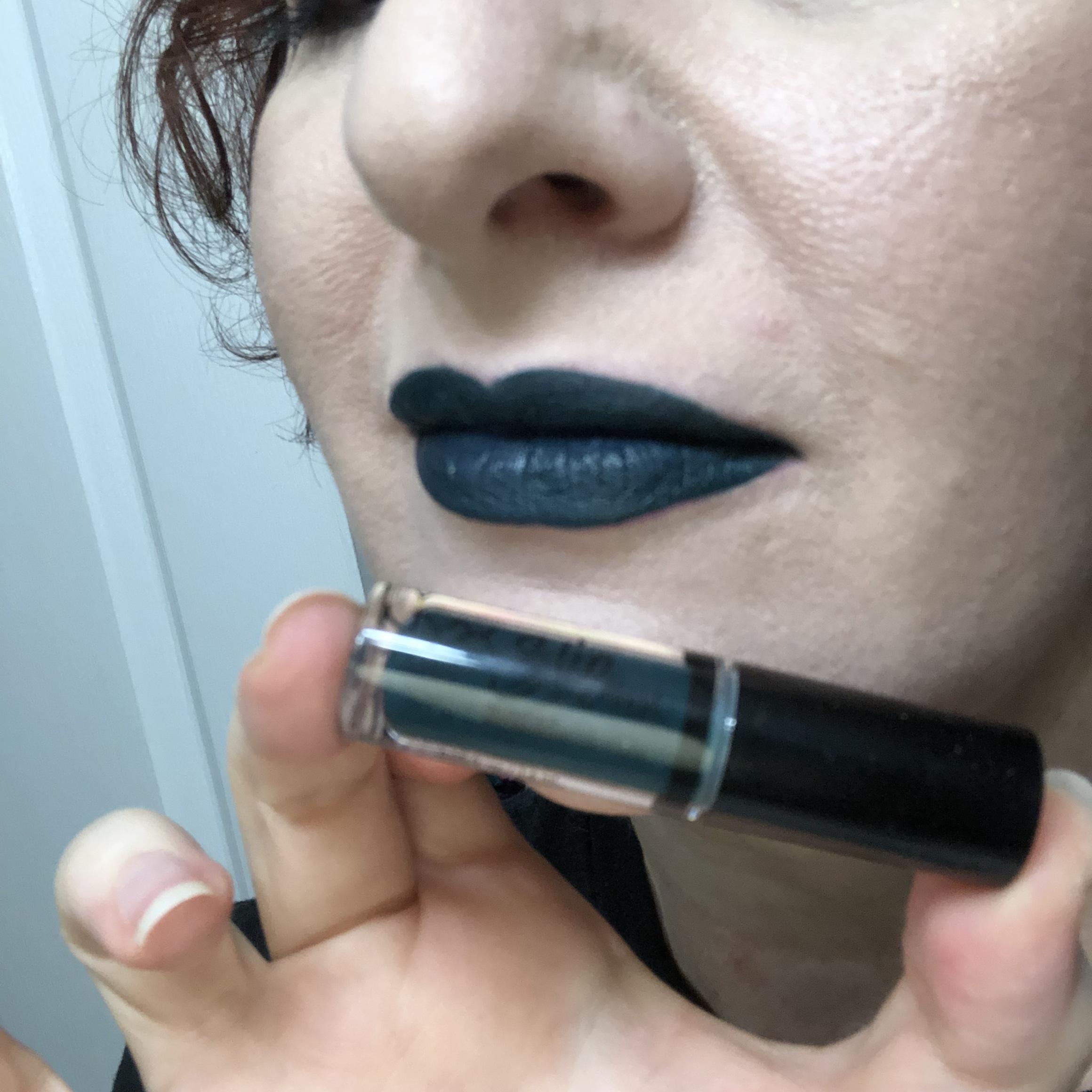 Nyx Sweet Chateau Slip Tease Lip Vault Plush Pop Swatch